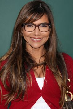 Long layered haircut with side bangs. Long layers are gorgeous and easy to get, but when you add a multi-tonal hair color, you will adore the dimension that instantly breathes in a new life into your long tresses. Layered Side Bangs, Layered Haircuts With Bangs, Side Bangs Hairstyles, Long Hair With Bangs, Haircuts For Long Hair, Long Curly Hair, Long Hair Cuts, Straight Hairstyles, Curly Hair Styles