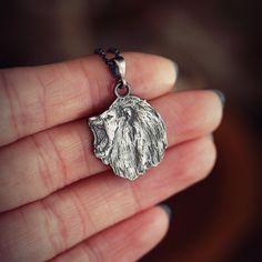 Wisior lew ze srebra na łańcuszku