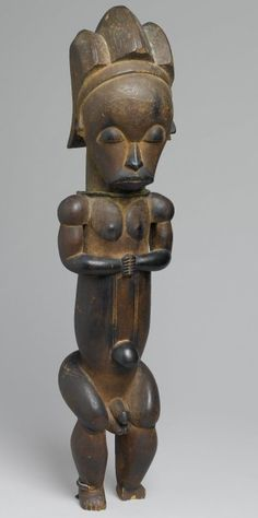 Reliquary Guardian Figure (Eyema-o-Byeri) by the Master of Ntem, 1750-1860, Wood, iron, Culture Fang (Mvai subgroup), Gabon.  Brooklyn Museum.