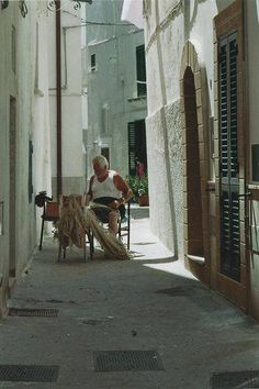 My Grandfather's village. Places To Travel, Places To See, Romantic Italy, Regions Of Italy, Southern Italy, Exotic Places, Bari, Travel List, Sicily