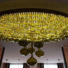 DAS ist mal eine Lampe! #lampenmittwoch #hoteldiedrich  #hallenberg #hochsauerland #wiederlandsehen #antons #restaurant Chandelier, Restaurant, Ceiling Lights, Lighting, Home Decor, Pictures, Light Fixtures, Restaurants, Ceiling Lamps