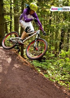 Flying Squirrel - Rider: Tammy Donahugh - Photo: Hansi Johnson - Location: Copper Harbor MI (USA) - #ilovegirlriders #iamagirlrider