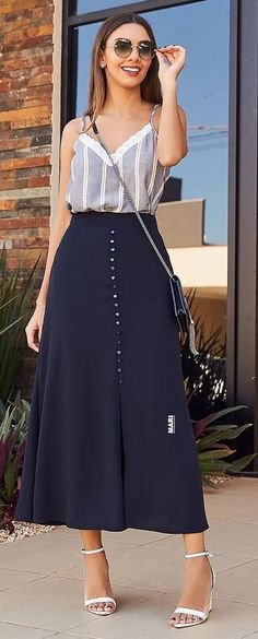 Casual Work Outfits, Work Casual, Pretty Outfits, Casual Looks, Cute Outfits, Skirt Outfits, Dress Skirt, Cute Fashion, Womens Fashion