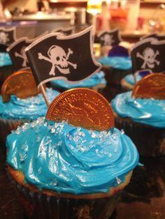 Muffin mit Piratenfahne & Goldtaler