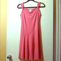 Ann Taylor Dress Beautiful Ann Taylor LOFT dress! Like new! Size 4 Petite. Make an offer  Ann Taylor Dresses