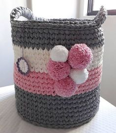 My Crochet Dream Diy Crochet Basket, Crochet Bowl, Crochet Basket Pattern, Love Crochet, Crochet Yarn, Crochet Socks, Crochet Crafts, Yarn Crafts, Craft Ideas