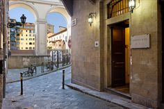"""A friend recommends Hotel Hermitage in Florence. Its website describes it as """"a cozy 3-star hotel just around the corner from the Uffizi Gallery and Duomo, ... in the heart of Florence, the charming Renaissance capital where an exciting and romantic vacation awaits you."""""""