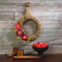 Burlap Flower #Wreath pretty for Spring
