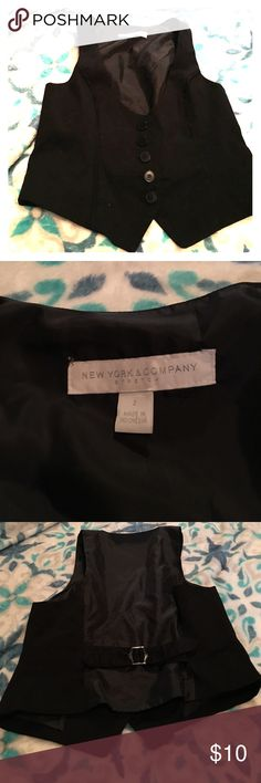 Black button down NY&C Black button down NY&C size 2 New York & Company Tops Button Down Shirts