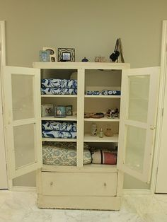 1000 images about comforter linen storage on pinterest for Comforter storage ideas