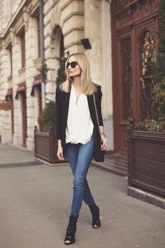 Postalatieva: Designer Fashion Metal Arm Modern Sunglasses 8690