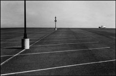 In Raymond Depardon joined Magnum and continued his reportage work until the publication of Notes in 1979 and Correspondance New Yorkaise in Henri Cartier Bresson, Photography Essentials, City Photography, Landscape Photography, Photography Composition, Classic Photography, Monochrome Photography, Magnum Photos, James D'arcy
