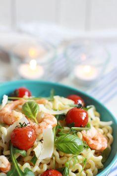 Fusilli Lunghi aux gambas, tomates et roquette