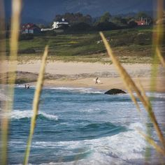 Check out our Surf clothing here! http://ift.tt/1T8lUJC De surf en Espiñeirido  #Corrubedo #playa #praia #beach #surfer #surf #surflife #galiza #galicia #galigrafias #olladasmiñas #barpequeno #barbanza #mar #sea #galiciamaxica #galiciameiga #loves_galicia #sientegalicia #calidadegalizaa #somosgalegos #naturaleza_galicia #estaes_galicia #total_galicia #todoes_galicia #GALICIAVISUAL #photo #foto