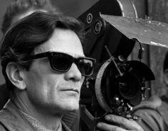 """Pier Paolo Pasolini durante le riprese del film """"Teorema"""" (1968)"""