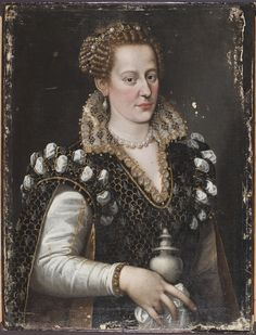 Isabella de' Medici after cleaning and overpaint removal