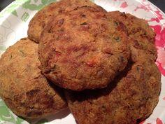 Deliciosa receta de Tortitas de platano macho. En verdad que les gustaran. La receta la encuentras en: www.veganlatino.com #platano #macho #tortitas #veganas #receta #recipe #vegan #deliciosa #siguenos #visitanos