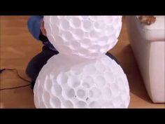 Boneco de neve utilizando copos descartáveis - Como Fazer - YouTube