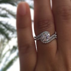 15 unique engagement rings for the non traditional bride