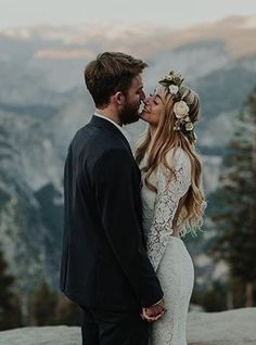 Boho embrace // Photo via i need my wedding photos to be outside in the woods Wedding Goals, Wedding Pictures, Wedding Planning, Destination Wedding, Perfect Wedding, Dream Wedding, Wedding Day, Forest Wedding, Wedding Veil
