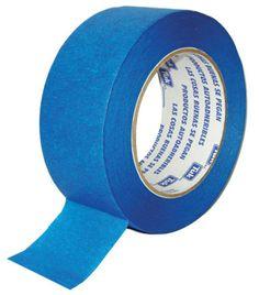 No te olvides de colocar la cinta para cuidar los bordes de la pared.