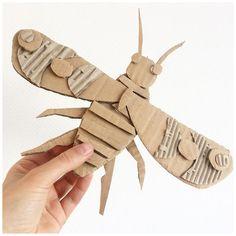 Csináld magad állatkert - Figurák újrahasznosított kartonból - Színes Ötletek Blog Cardboard Sculpture, Cardboard Crafts, Paper Crafts, Art For Kids, Crafts For Kids, Arts And Crafts, Kid Art, Kids Diy, Diy Pour Enfants
