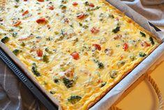 Pellillinen neljän juuston kasvispiirakkaa, myös gluteenittomana | Kulinaari Takana, Cheddar, Quiche, Salad, Breakfast, Cakes, Food, Morning Coffee, Cheddar Cheese