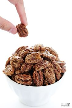 Candied Pecans -- all you need are 7 ingredients to make these delicious treats   gimmesomeoven.com