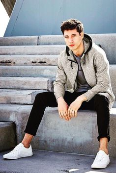 Read on to know about Athleisure. http://www.99wtf.net/young-style/urban-style/kinds-of-urban-look-t-shirt/