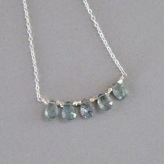 81f31cdb8d5a Diminuto musgo Briolette aguamarina collar plata bolas cadena Perlas