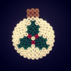 Christmas bauble hama beads by vlijtigliezeke