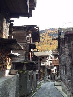 Lovely old @Zermatt in #autumn