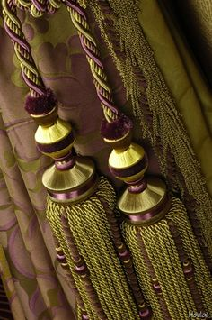 Tassels!!! Love the colors.--