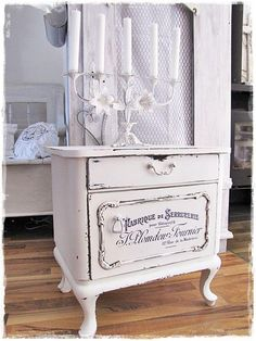 Powerful Counseled Shabby Chic Farmhouse Pop Over Here Shabby Chic Decor Refurbished Furniture, Repurposed Furniture, Shabby Chic Furniture, Paint Furniture, Furniture Projects, Furniture Makeover, Vintage Furniture, Shabby Chic Farmhouse, Shabby Chic Homes