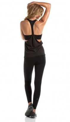 Cute monthly workout clothes sent to your door :)     http://www.ellie.com/invites/NjI1MjM=