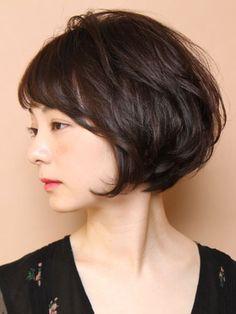 Pin on ヘアースタイル Girls Short Haircuts, Short Layered Haircuts, Short Hairstyles For Women, Short Hair Cuts, Bob Hairstyles, Medium Hair Styles, Short Hair Styles, Asian Haircut, Korean Short Hair