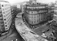 Vista del scalextric desde el inicio de la calle Gran Vía hacia Lepanto. Foto de 1978.... esto sólo pasa aquí