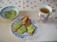 Krížikové vyšívanie Avocado Toast, Breakfast, Food, Morning Coffee, Essen, Meals, Yemek, Eten