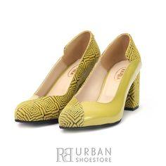 Pantofi eleganti din piele naturala - 1803 Verde Lac cu Velur Chunky Heels, Salvatore Ferragamo, Flats, Shoes, Fashion, Green, Flat Shoes Outfit, Shoes Outlet, Fashion Styles