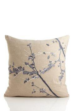 aviva standoff design pillow