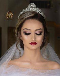 bridal makeup – Hair and beauty tips, tricks and tutorials Bride Eye Makeup, Glam Makeup, Hair Makeup, Fresh Wedding Makeup, Wedding Hair And Makeup, Bridal Hair, Princess Makeup, Make Up Braut, Makeup Challenges