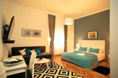 Contarini Luxury Rooms Split Featuring free WiFi throughout the property, Contarini Luxury Rooms offers accommodation in Split.  Rooms come with a flat-screen TV. Some units have a seating area where you can relax. You will find a coffee machine in the room.