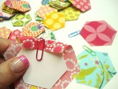 Bee In My Bonnet: (Almost) Wordless Wednesday - Playing with hexies... I love this blog!