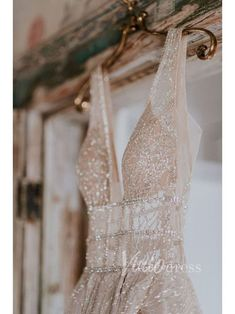 This Race & Religious Wedding is All Things Sparkly in True NOLA Spirit Sparkly wedding dress magic, perfect for a glamorous wedding Lace Wedding Dress, Princess Wedding Dresses, Designer Wedding Dresses, Sparkly Wedding Dresses, Glamorous Wedding Dresses, Prettiest Wedding Dress, Modest Wedding, Sequin Evening Dresses, Ball Dresses