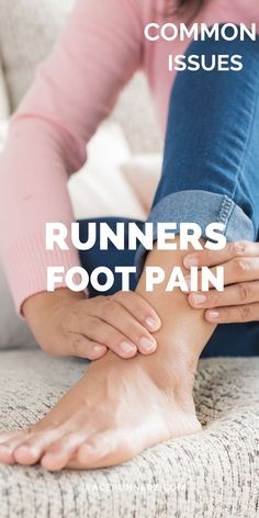 Foot problems for runners are pretty common but that discomfort is not just limited to one condition.  Runners usually apply some foot care methods and techniques. Common foot problems among runners, marathon and triathlon #footproblemsforrunners #runnersfootproblems #runnersfootpain #runnersfoot #runnersfootinjuries #runnersfootsoak #runnersfootcare #runnersfootstretches #footproblems #footproblemstypesof #footproblemsplantarfasciitis #footproblemsbunions #footproblemscorn #footproblemsskin Running Feet, Running Injuries, Running Tips, Foot Remedies, Foot Pain Relief, Runner Problems, Sore Feet, Leg Pain, Foot Care
