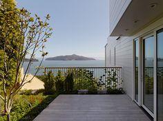 Modern Design: Hillside Residence by Turnbull Griffin Haesloop Architects   Scott Lewis Landscapes