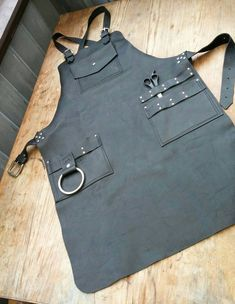 Barber& Leather Apron by CyclonaDesigns on Etsy Barber Apron, Shop Apron, Work Aprons, Leather Apron, Apron Designs, Aprons For Men, Sewing Aprons, Kitchen Aprons, Leather Projects