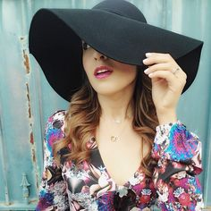 Laura from Spanglish Fashion in the Carissa Floppy Hat || Get the hat: http://www.nastygal.com/accessories/carissa-floppy-hat?utm_source=pinterest&utm_medium=smm&utm_term=ngdib&utm_content=clothing_optional&utm_campaign=pinterest_nastygal