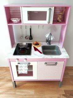 DIY Duktig IKEA kitchen hack pink grey panduro kids room girl