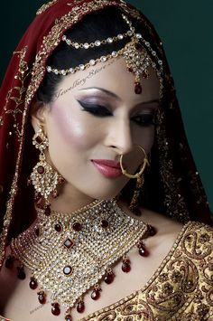 Matha Patti! Love the look minus the nose ring